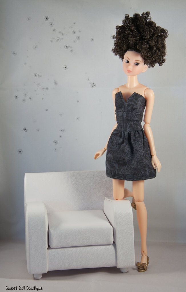 Tubino nero per Momoko Doll