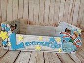 Scatola decorata con nome e immagini personalizzate. Idea contenitore battesimo. Porta pannolini e accessori bimbo. Nome cuori