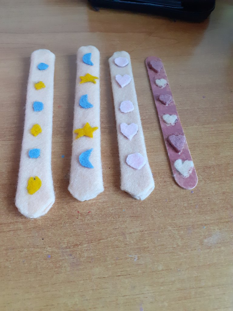 Set segnalibri in feltro colorati