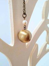 Collana con piccolo medaglione portafoto e perla Swarovski