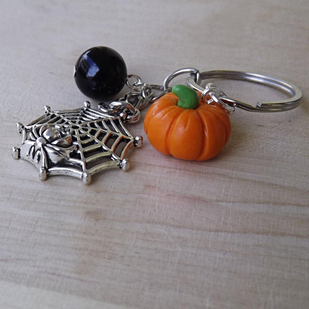 Portachiavi zucca e ragnatela Halloween