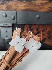 Orecchini fatti a mano orecchini donna fiori monachella silver plated Pendenti donna fiori resina