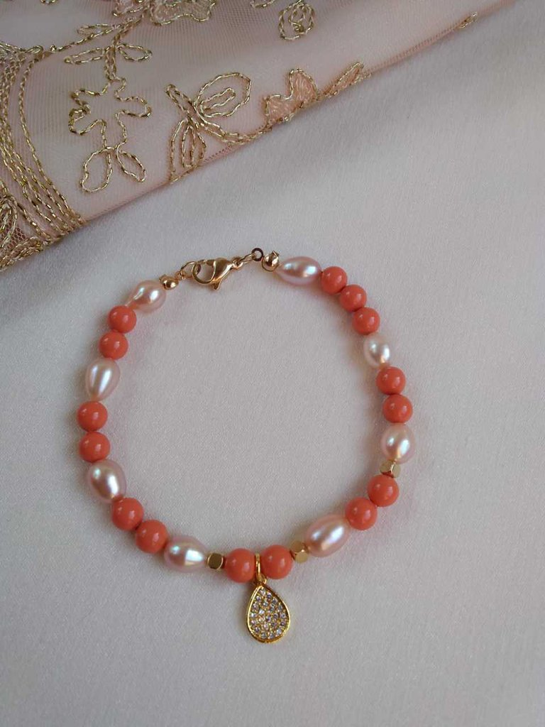 Braccialetto perle di fiume , perline Swarovski