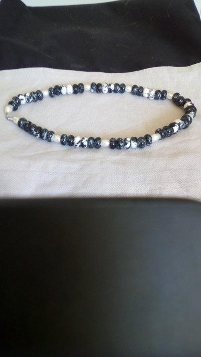 Collana di perle in vetro