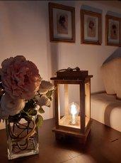 Lampada lanterna in legno fatta a mano