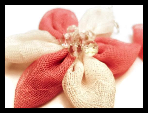 orecchini in stoffa rosa e bianco