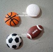 Calamita palla pallone basket calcio rugby pallavolo fimo bomboniera