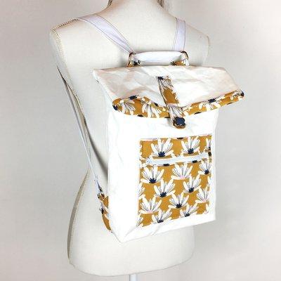 Zainetto - tote bag in washablepaper bianca e cotone fantasia