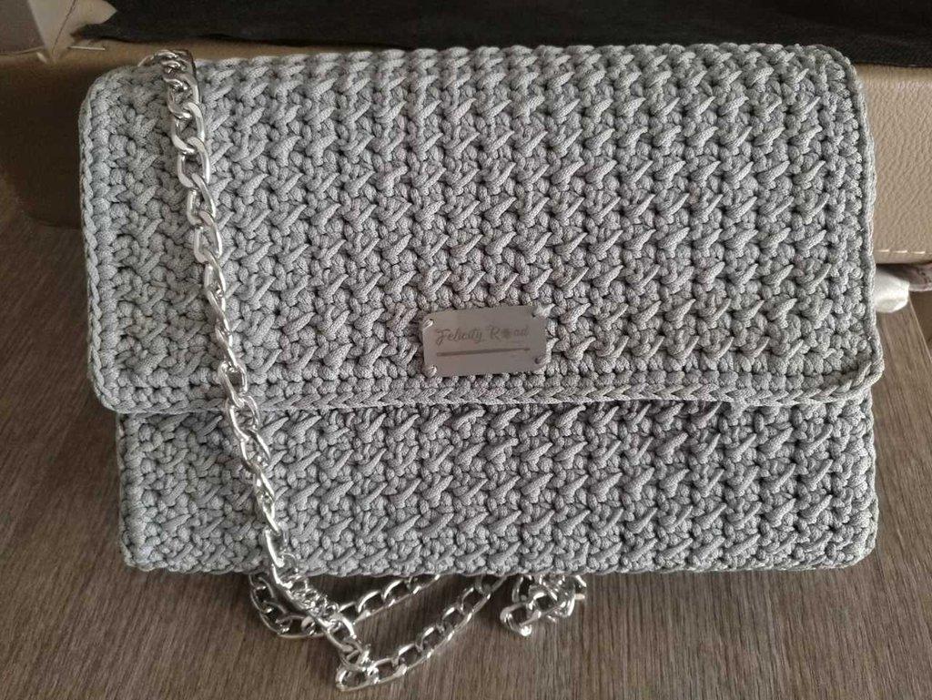 Borsa tracolla, pochette, borsa realizzata ad uncinetto, borsa elegante di medie dimensioni