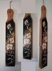 Appendi chiavi in legno dipinto