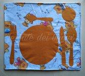 Tovaglietta montessoriana, in cotone lavabile per bambini. Per asilo, casa o gite