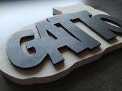 Sagoma in legno artigianale e personalizzata.