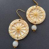 Orecchini carretto siciliano. Orecchini finta ceramica ruota sicilia, Orecchini stile siciliano Pendenti Bianco e Oro