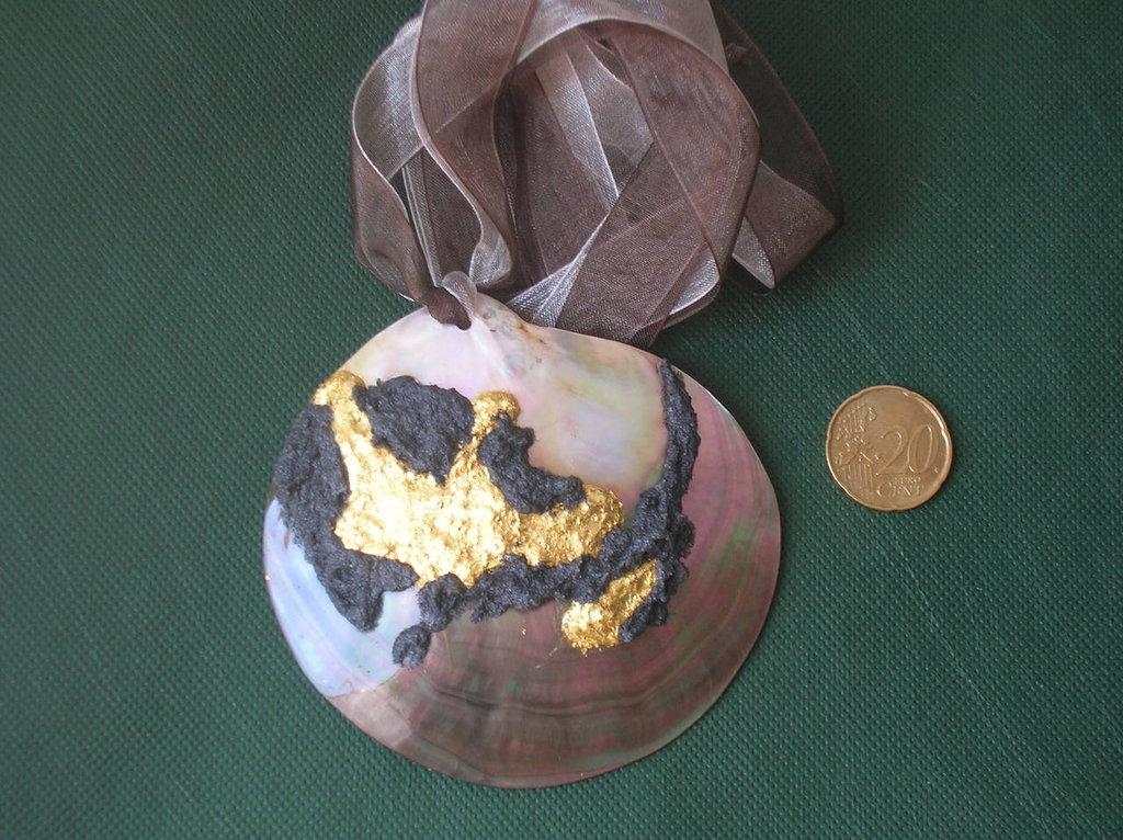 madreperla e oro zecchino
