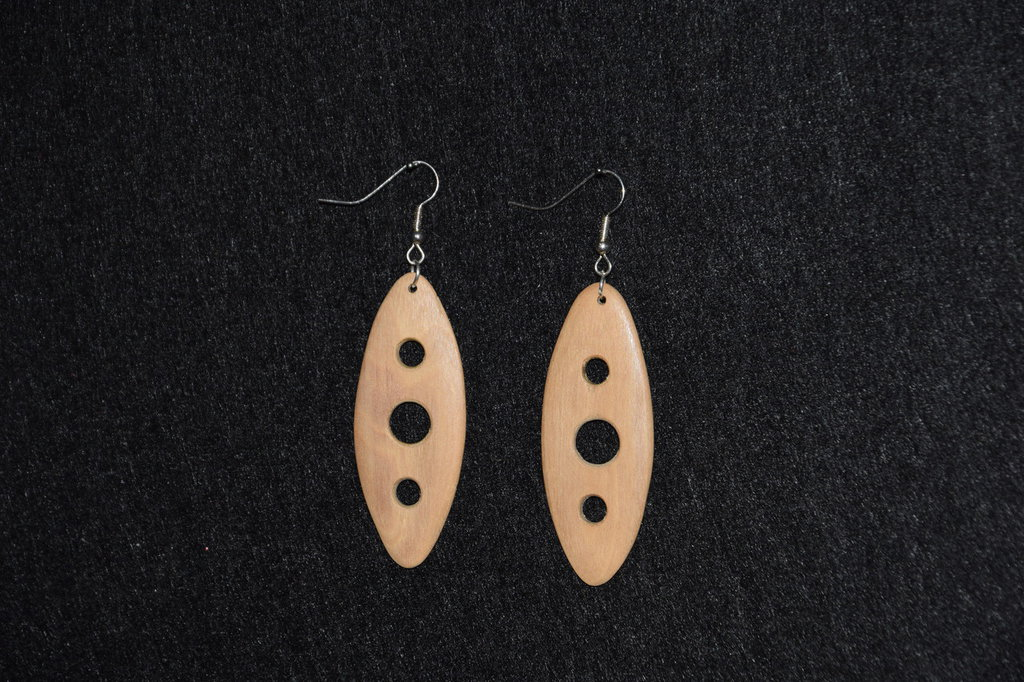 orecchini in legno d'ulivo (cod,007)