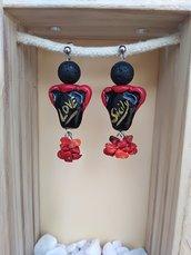 Orecchini Siciliani, Orecchini in finta ceramica Orecchini stile siciliano nero e rosso giara siciliana. Love Sicily Pietra lavica e corallo