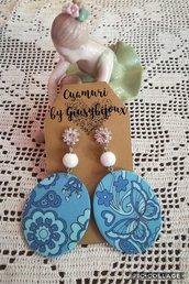 Orecchini collezione carta con  farfalla blu e perla in caramica bianco