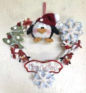 NATALE - ghirlanda a cuore bianca con pinguino e scritta Merry Christmas
