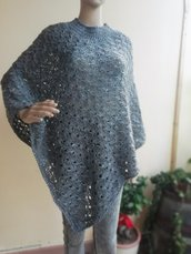 Poncho in lana tweed merino grigio