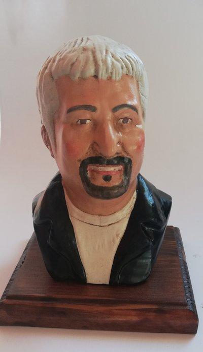 Busto di Pino Daniele