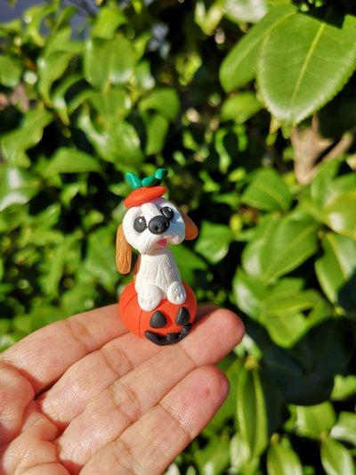 Decorazione per Halloween cane shih tzu nella zucca, miniatura cane shih tzu per regalo per amante dei cani, scultura cane shih tzu