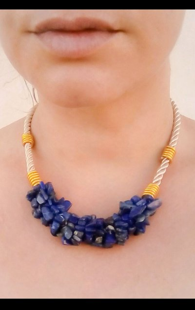 Collana lapislazzuli Girocollo pietre dure, collana con pietre lapislazzuli, collana tribale pietre blu, collana etnica