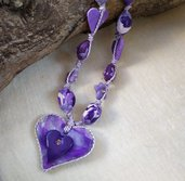 Collana scorrevole viola, dipinta e modellata a mano