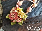 Collana scorrevole composizione floreale rosa