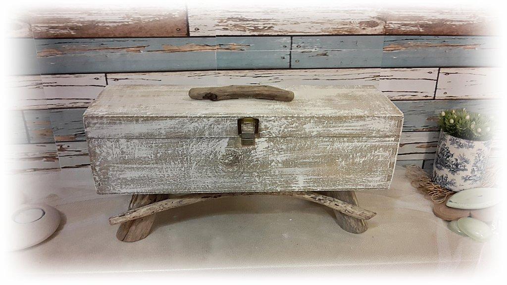 Porta gioielli con legni di mare