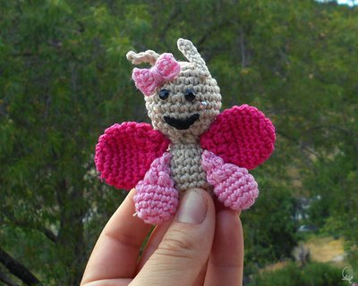 Farfalla amigurumi a uncinetto • Bomboniera uncinetto battesimo comunione nascita compleanni • Schema farfalla uncinetto