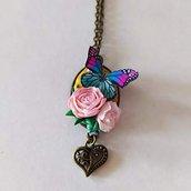 Collana Cammeo Bouquet di Rose e Farfalla