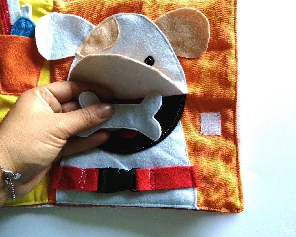 Quiet book animali, gioco sensoriale tattile per bambini piccoli 1 anno, libro tattile con cane elefante ippopotamo e marionette da dita