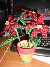 Vaso di fiori con perline