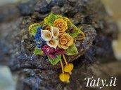 Collana scorrevole con composizione floreale, modellata e dipinta a mano