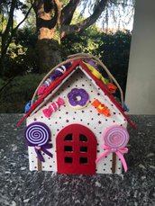 Casetta delle caramelle, scatola rivestita di feltro con decorazioni di feltro
