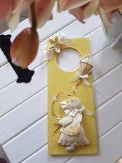 Tag di legno gialla