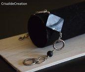 Bracciale madre perla grigia , pietra lavica e catena argentata