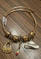 Braccialetto handmade in acciaio inox dorato con charms smaltati