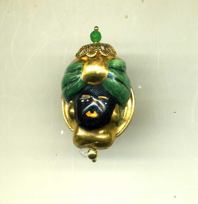 IMPORTANTE ANELLO regolabile con testa di re moro in ceramica di Caltagirone nero oro e verde