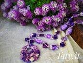 Collana scorrevole floreale viola, modellata e dipinta a mano