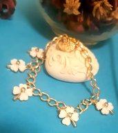 Braccialetto handmade in alluminio dorato con quadrifogli