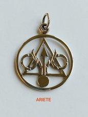 Ciondolo in argento 925: ariete