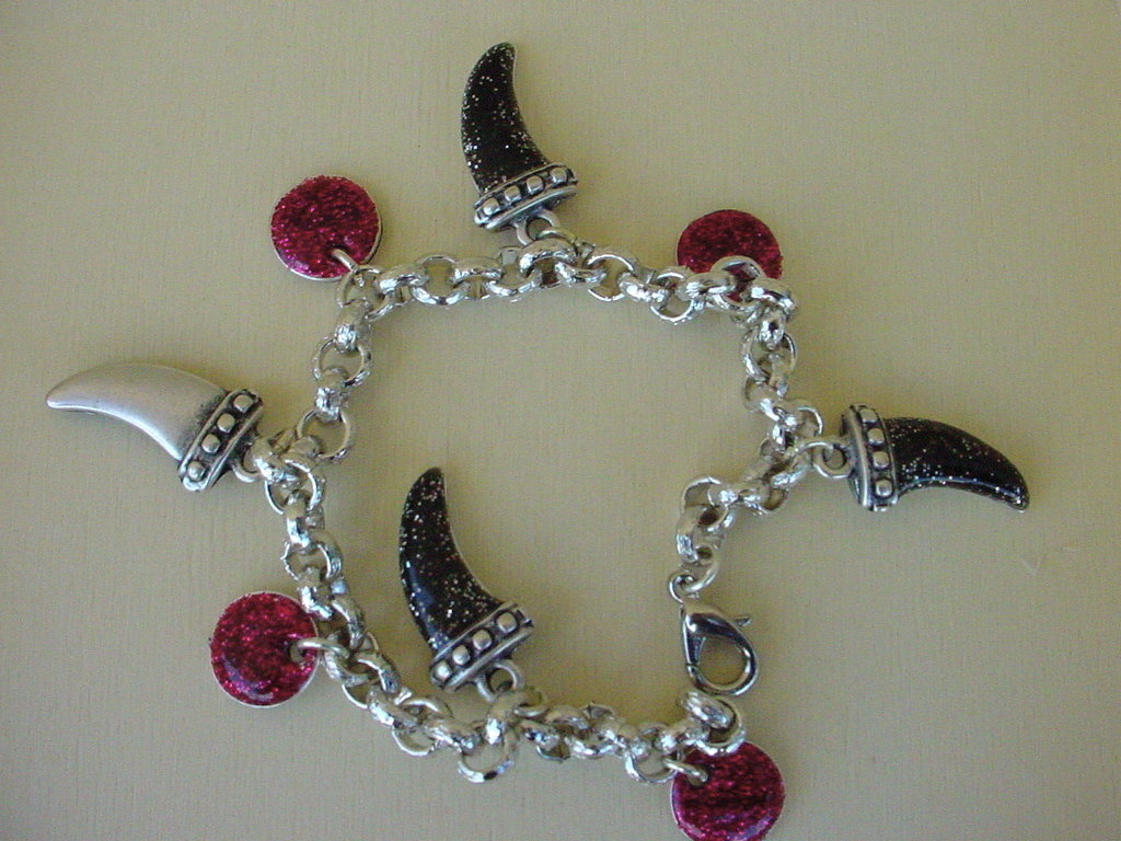 Braccialetto catena e charms