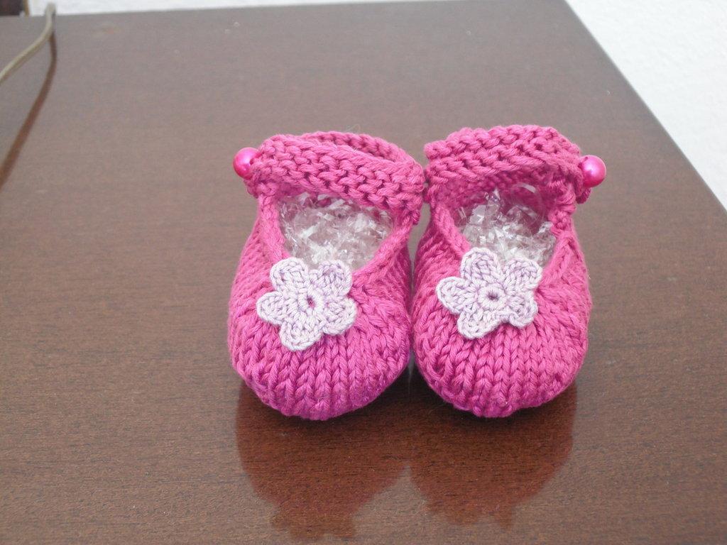 Grazie Rita!:))))) finalmente, grazie alle tue spiegazioni, passo passo, sono riuscita a realizzare delle bellissime scarpine:)))))! Vorrei provare a realizzare anche un .