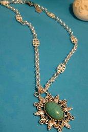 Collana handmade argentata con ciondolo in aulite