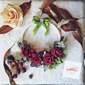 "Ghirlanda invernale con rose rosse ""Elegance"""