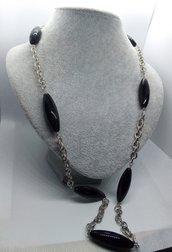 Collana argentata e nera