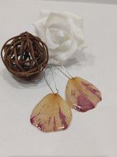 Orecchini fiori veri petali di rosa pendente fiori orecchini fatti a mano ciondolo resina fatto a mano
