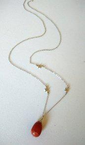 Collana lunga con stelline in argento 925 con ciondolo in pietra dura Diaspro rosso fatta a mano