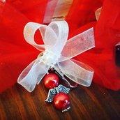 Sacchettino fiocco portaconfetti con angelo in rosso